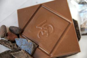 von geusau chocolate milk chocolate no wrapper
