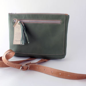 Bokmakierie Leather sling bag – green