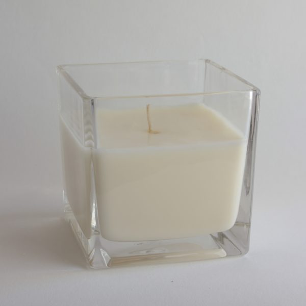 Botanical Workshop large garden flowers candle